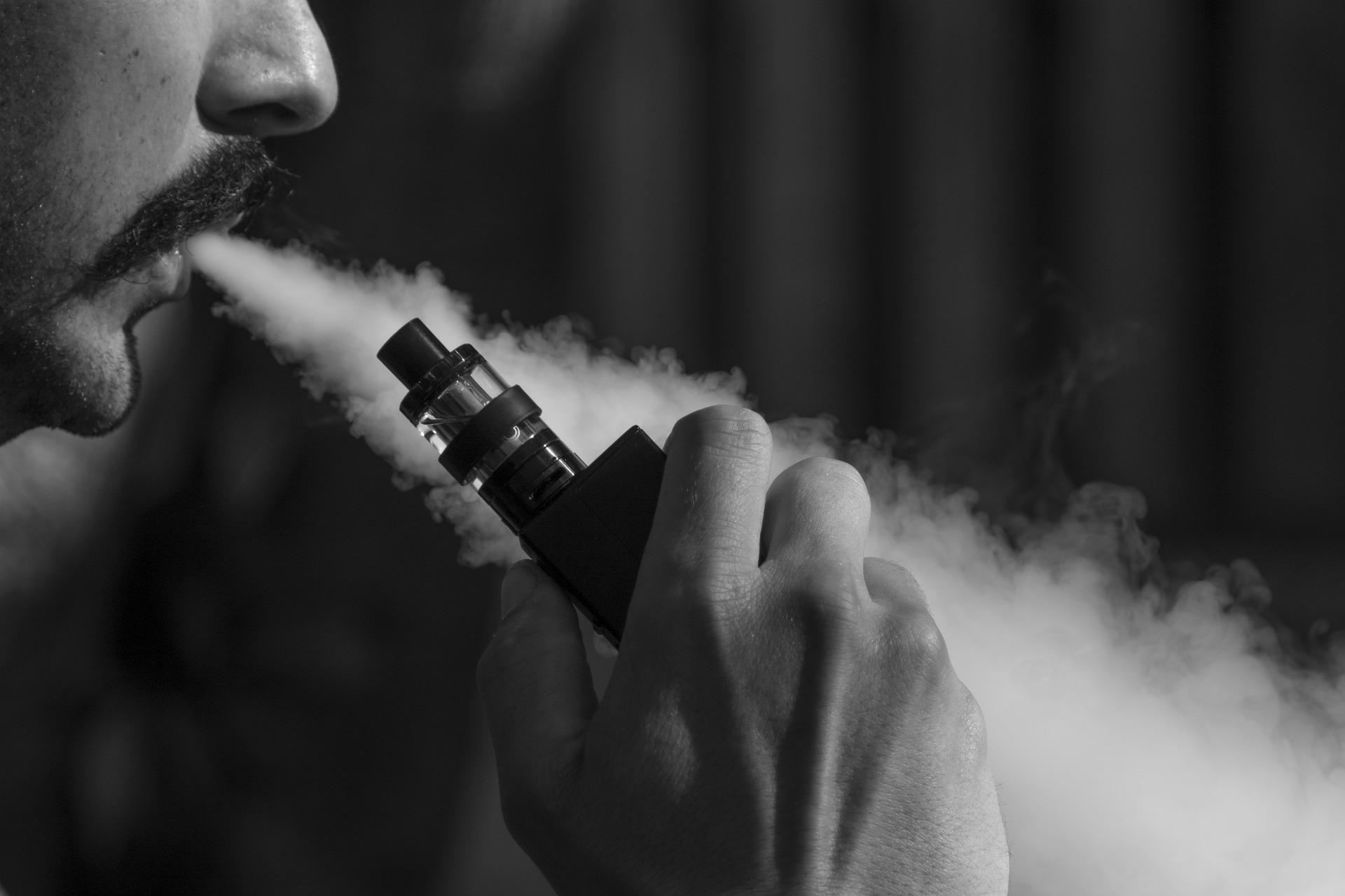 man-vaping-nicotine-salt
